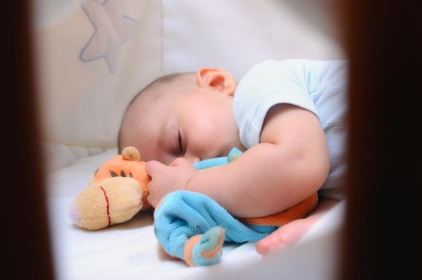 Dormir con el bebé en la misma habitación o en habitaciones diferentes