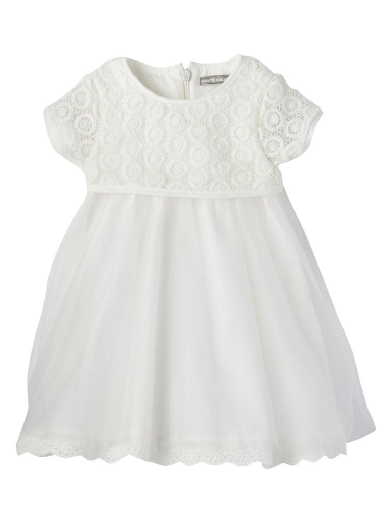 Vestido blanco con vuelo para niña