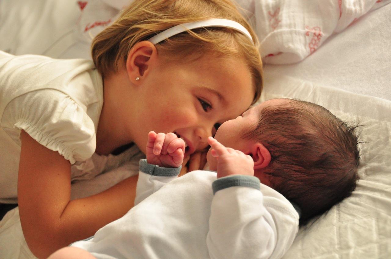 Ventajas de tener hermanos mayores