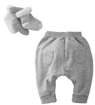 Pantalones y calcetines