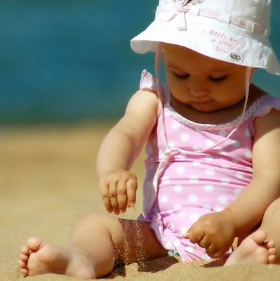 Consejos para ir a la playa con un bebé | El Blog de tu Bebé