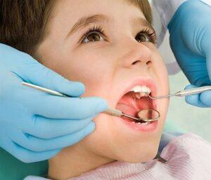 golpes en los dientes de los niños, que hacer