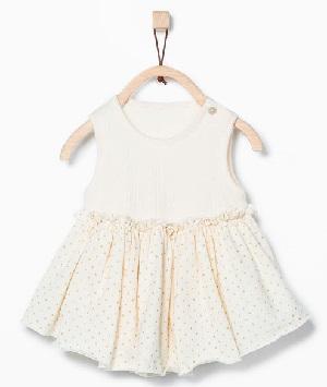 Vestido recién nacido