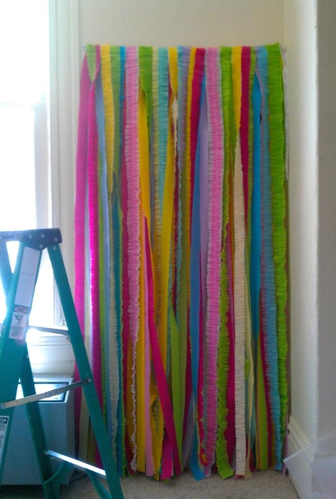 C mo hacer un photocall para cumplea os infantiles - Como hacer cortinas de tiras ...
