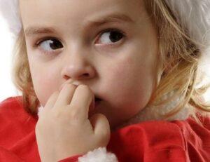 Evitar que el niño se muerda las uñas