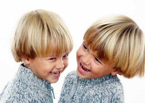 Diferencia entre gemelos y mellizos embarazo