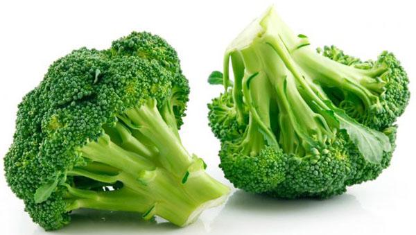 Alimentación durante la lactancia con Brocoli