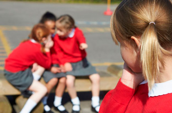 Acoso escolar causas