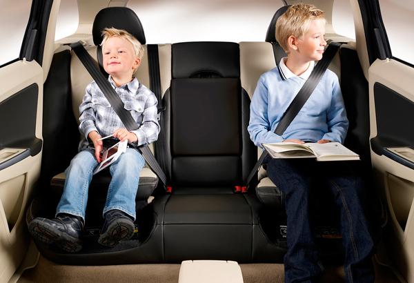 sillas niños coche