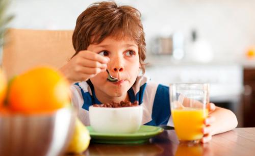 alimentos ricos en fibra niños