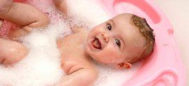 Cómo escoger con éxito una bañera para bebé