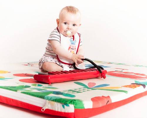 Mantas de juegos para beb s los dise os originales for Alfombras de juegos para ninos