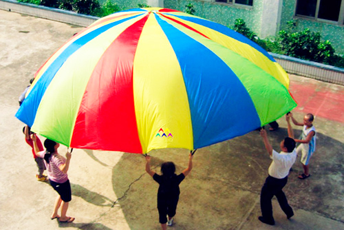 paracaídas para niños