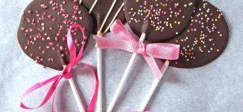 Cómo hacer piruletas de chocolate caseras y fáciles para niños