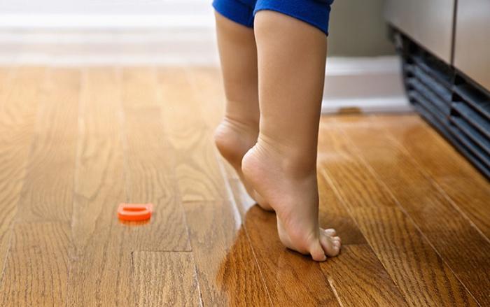 andar de puntillas niños