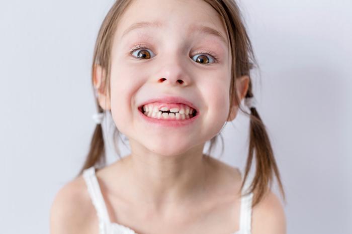 orden de salida de dientes bebes