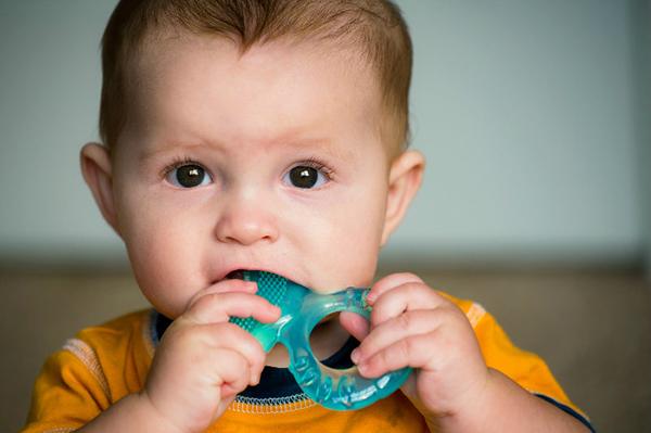 a que edad se caen los dientes de leche