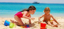 Las 7 mejores playas de España para ir con bebés y niños