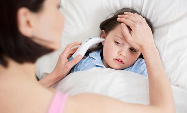 como bajar la fiebre en un niño de 2 años