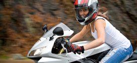 Montar en moto estando embarazada, ¿es malo?