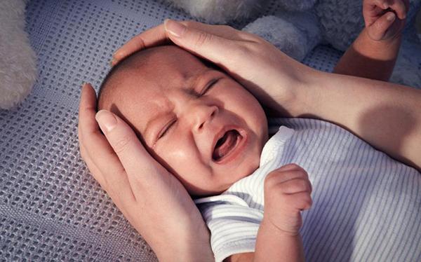 recien nacido no duerme