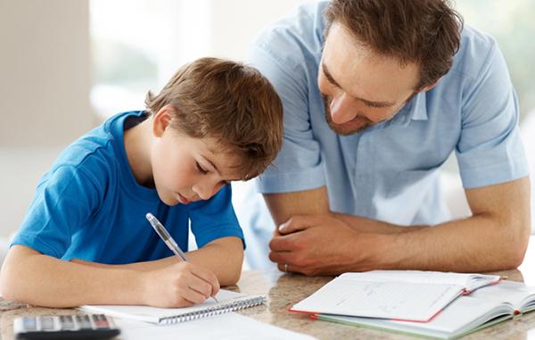 cómo hacer que los niños hagan los deberes