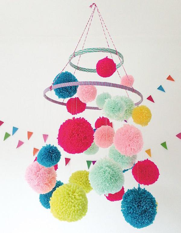 como hacer pompones de lana con rollos de papel higienico