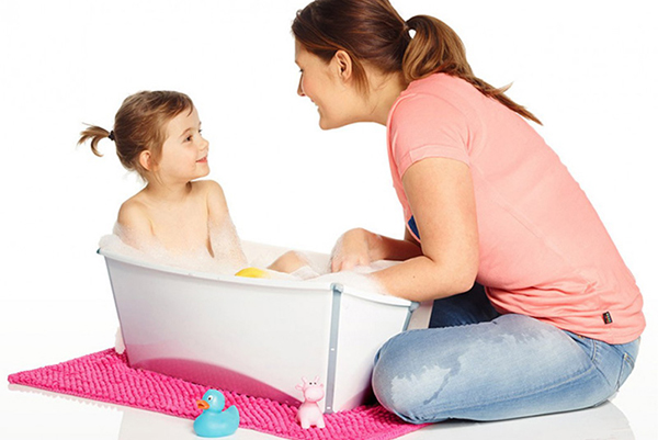 limpiar bañera ergonómica bebé