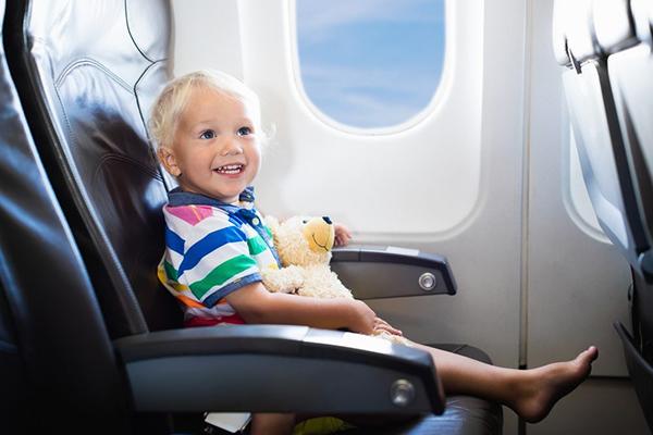 cuanto paga un niño de 3 años en avion