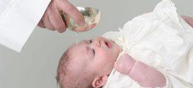 Cómo vestir a un bebé para un bautizo