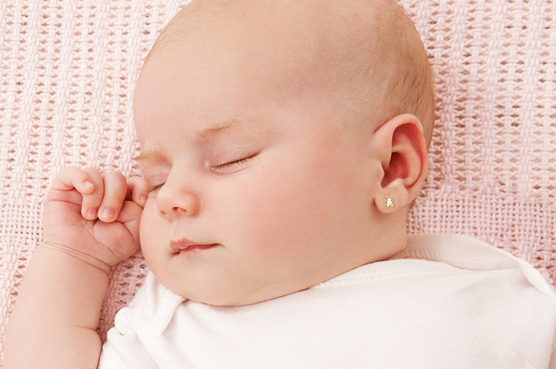 pendientes Aristrocrazy bebé