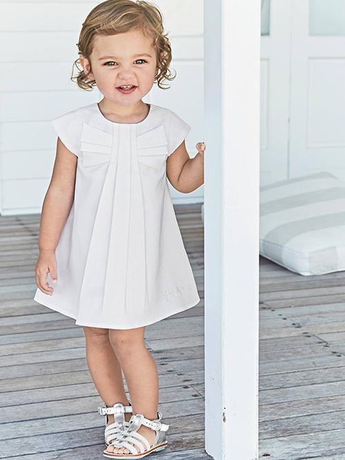 Cómo Vestir A Un Bebé Para Un Bautizo Guía