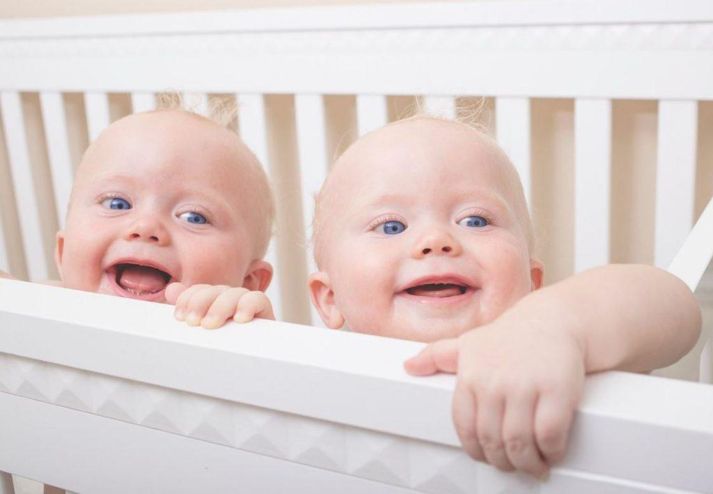 cama cuna para dos bebes