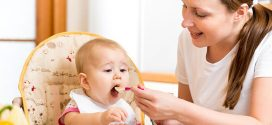 Trucos para dar de comer a un bebé