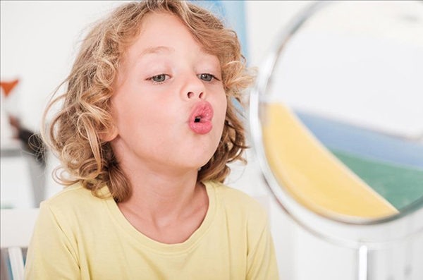 como corregir el tartamudeo en los niños