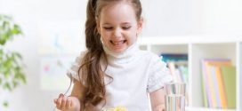 Buenos modales en la mesa para niños; ¡Guía completa!