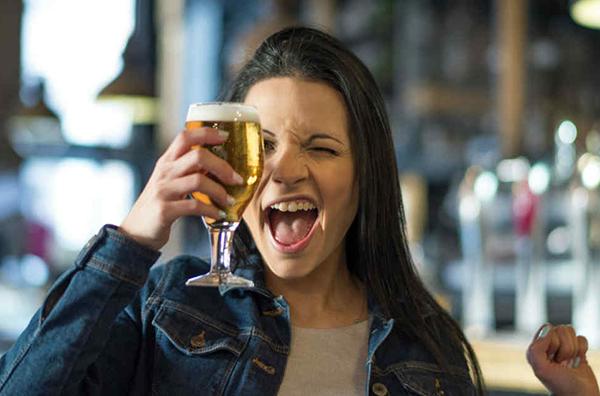 consecuencias alcohol para el bebé