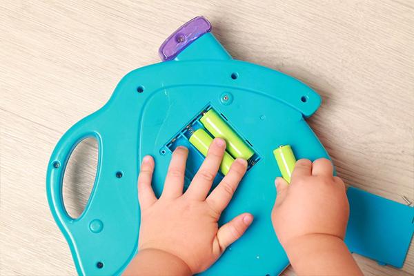 con que limpiar los juguetes de mi bebe
