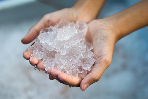 manualidades navideñas con hielo