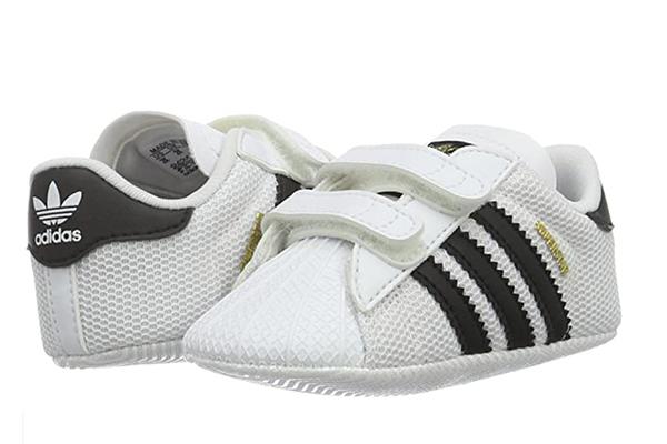 ¿deben usar zapatos los bebés?