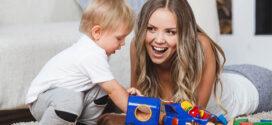 Cómo elegir una niñera para tus hijos y acertar