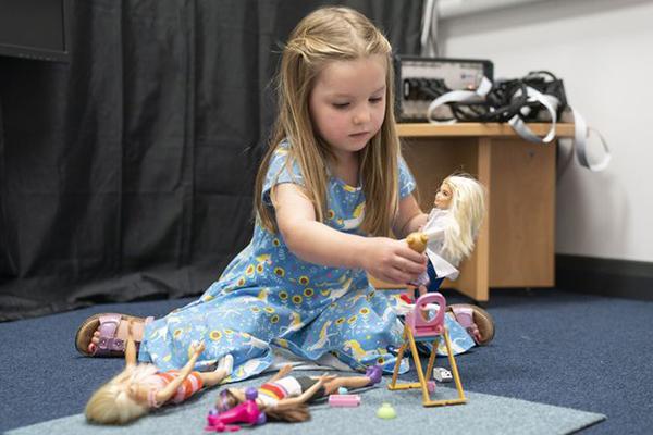 ideas de juegos con muñecas