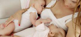 Cómo amamantar a gemelos recién nacidos