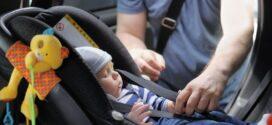 ¿Cómo instalar la silla de bebé en el coche?