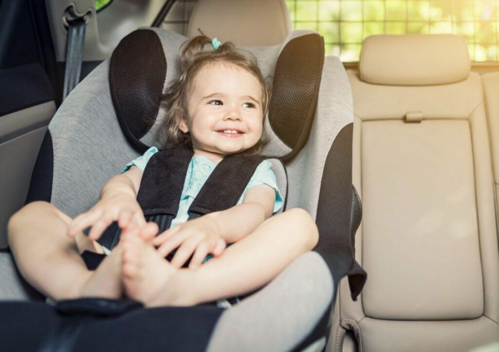 como instalar una silla de auto para niños